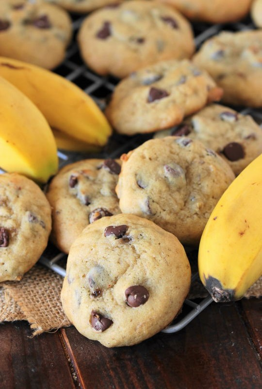 Banana Chocolate Chip Cookies - The Kitchen is My Playground