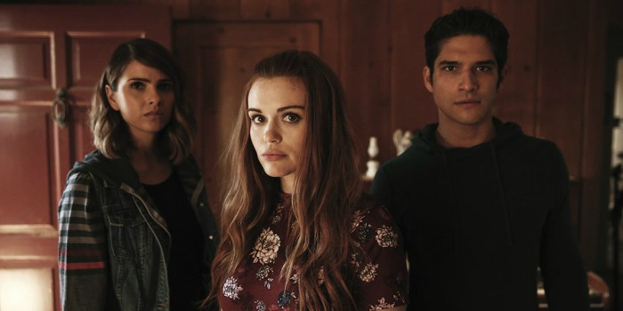 Shelley Hennig, Holland Roden y Tyler Posey en Teen Wolf de MTV