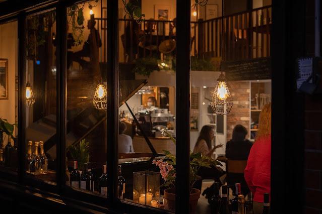 Fidelio Cafe, Clerkenwell