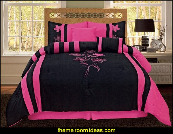 Embroidery Bedding Black Pink