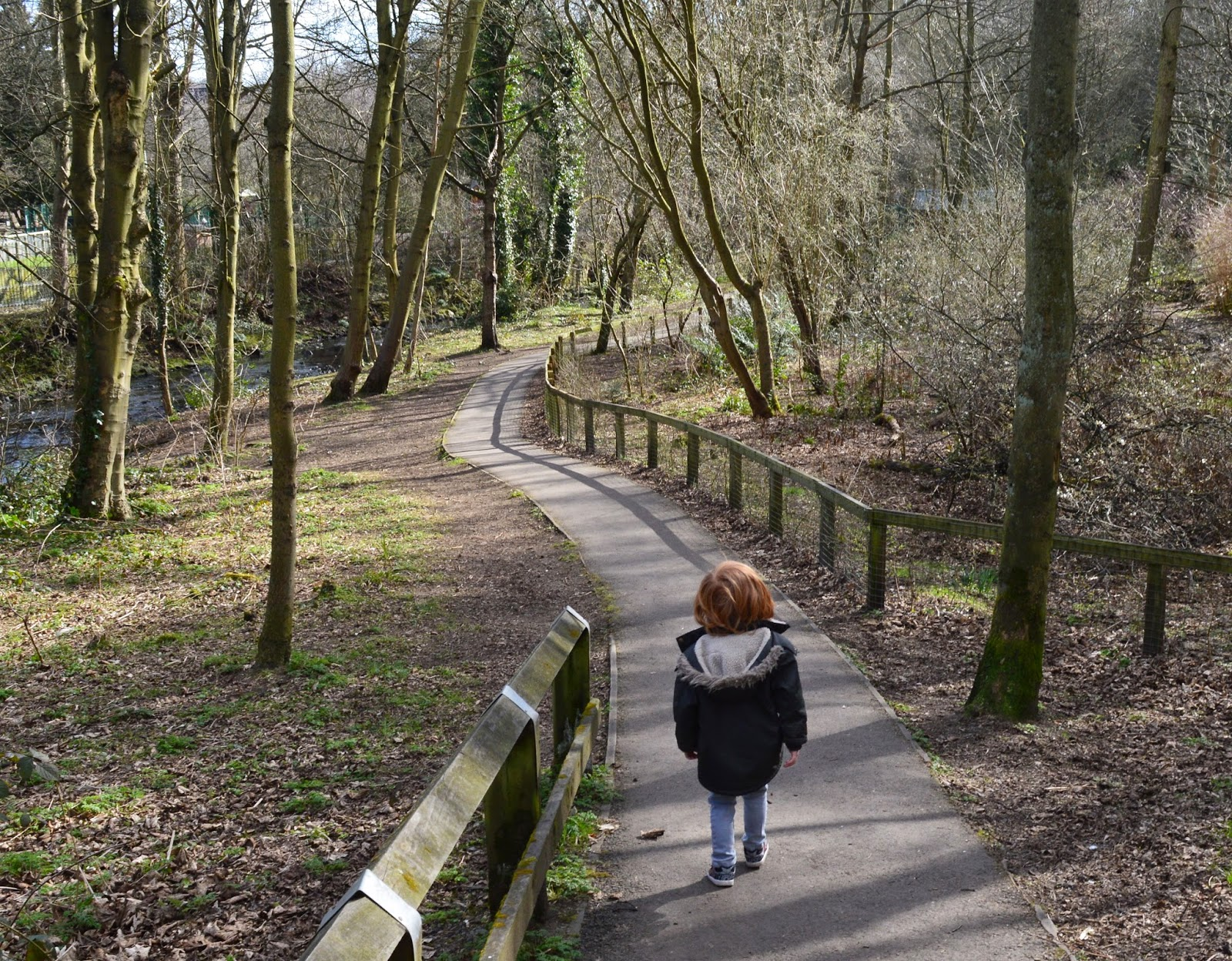 10 of the best family walks in North East England with a cafe and play park nearby - Jesmond Dene