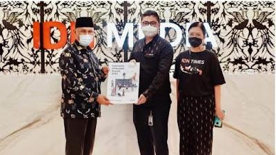 Gubernur Mahyeldi Dukung Pemberian Anugerah Ruhana Kuddus Award