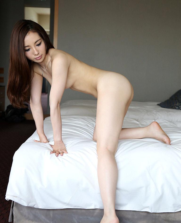 maki yokoyama sexy nude pics 01