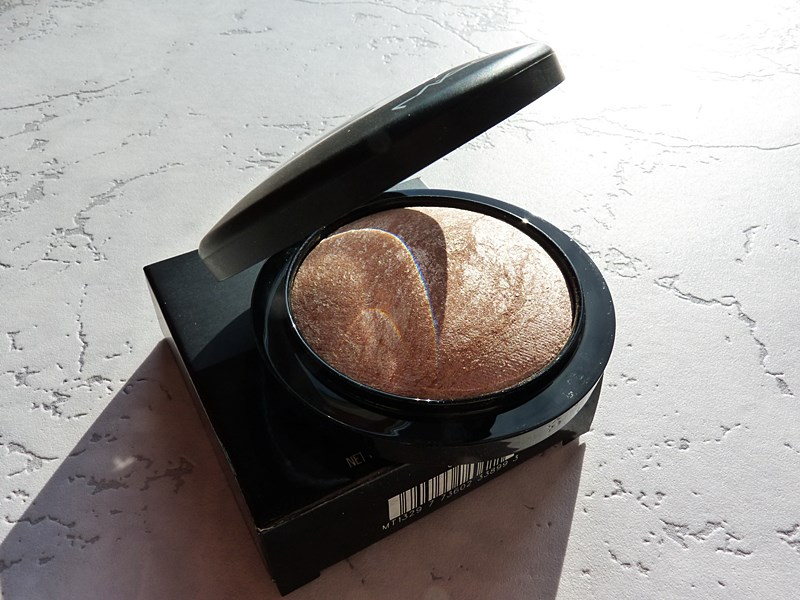 M.A.C. Mineralize Skinfinish Soft & Gentle