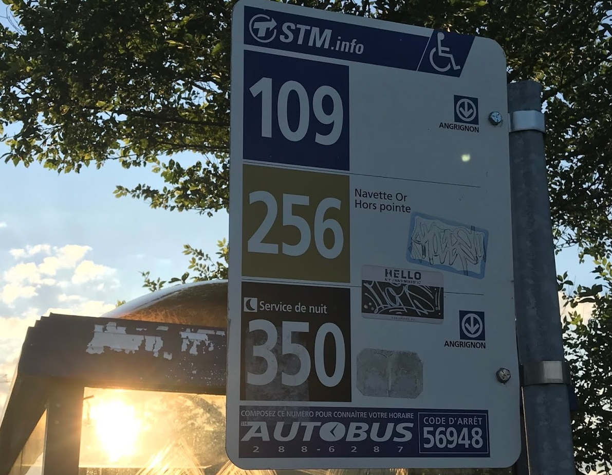 parada de ônibus Montreal