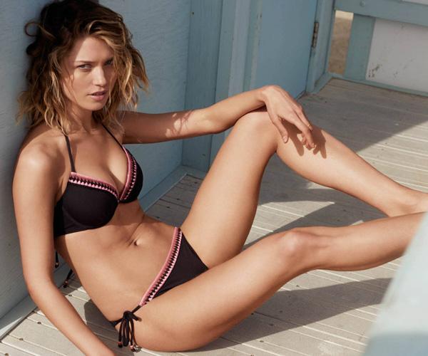 bikini negro detalle crochet H&M mujer