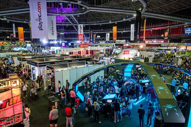The 17th Annual @Vodacom @rAgeExpo Brought Fans Another Year of Awesome! #17yearsofawesome