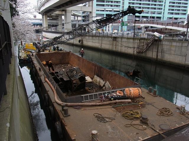 中村川の最後の不法係留船