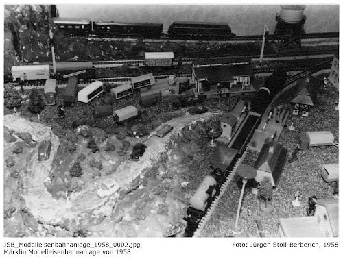 JSB_Modelleisenbahnanlage_1958_0001-0005.jpg; Foto: Jürgen Stoll-Berberich, 1958; Märklin Modelleisenbahnanlage von 1958
