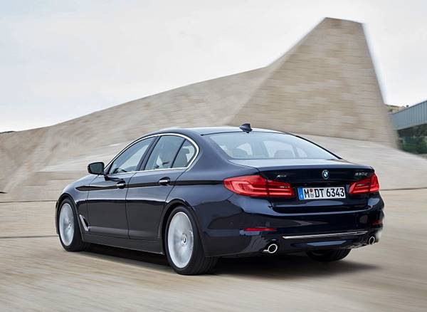 The All-New 2018 BMW 5 Series Prototype Review