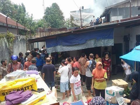 Kebakaran di jalan Sriwijaya Pematangsiantar, 1 Rumah Hangus, Rumah Tukang Jahit Terselamatkan