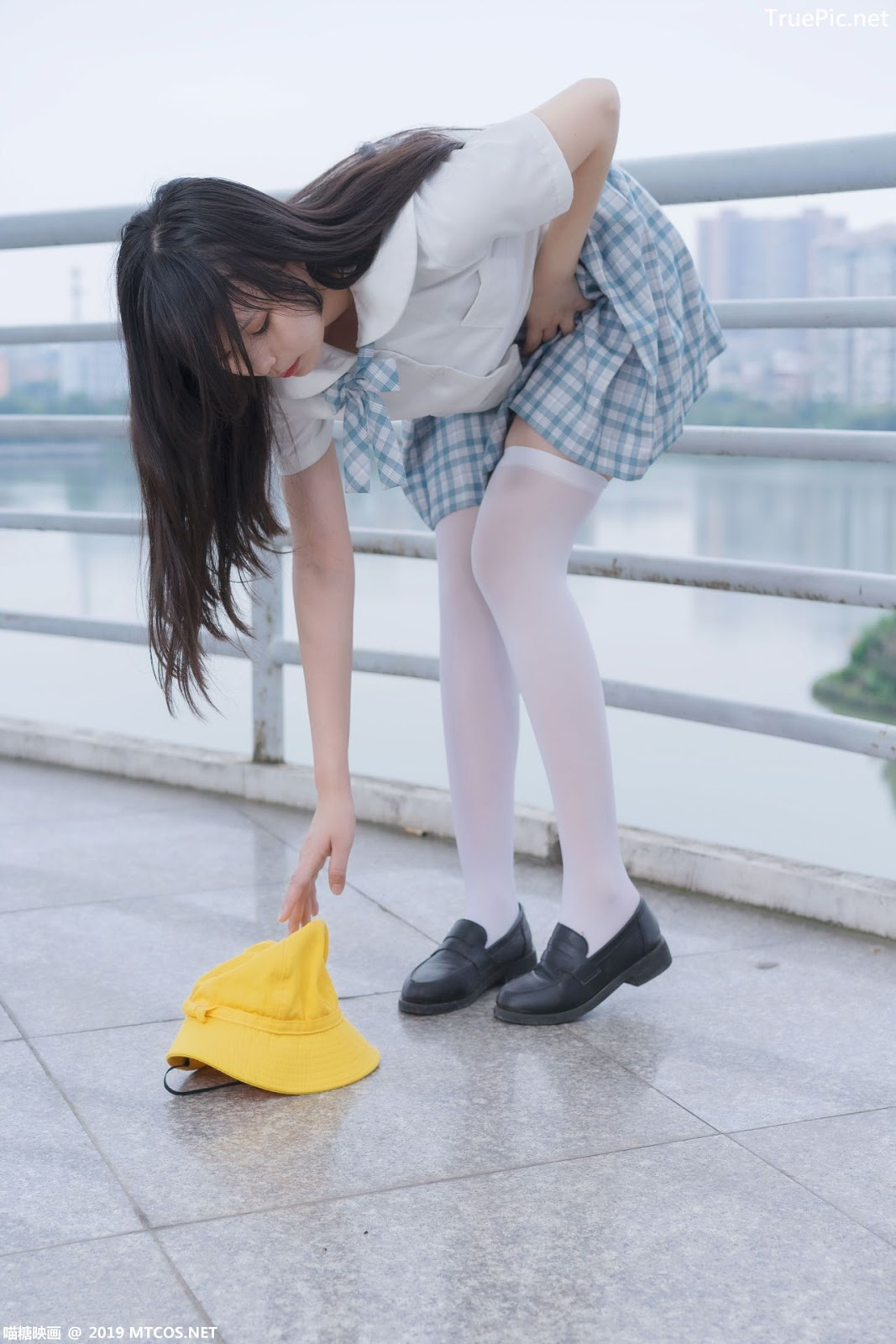 Image [MTCos] 喵糖映画 Vol.015 – Chinese Cute Model - White Shirt and Plaid Skirt - TruePic.net- Picture-2
