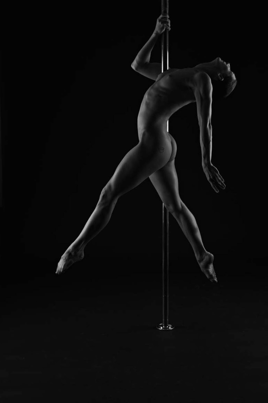 Nude Pole Dancer Xxx Images Galery