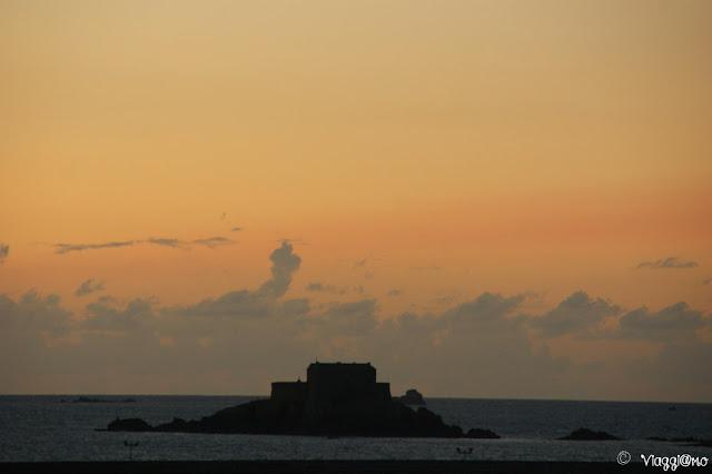 Tramonto sulle isole di Saint Malo