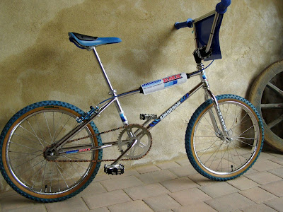 http://bicinova2.blogspot.com.es/2015/09/bicicoollaboracio-zimarron-bmx.html
