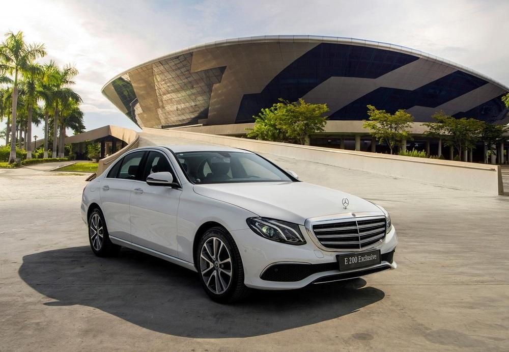 Tại Việt Nam, Mercedes-Benz là thương hiệu xe sang duy nhất có vài sản phẩm lắp ráp trong nước