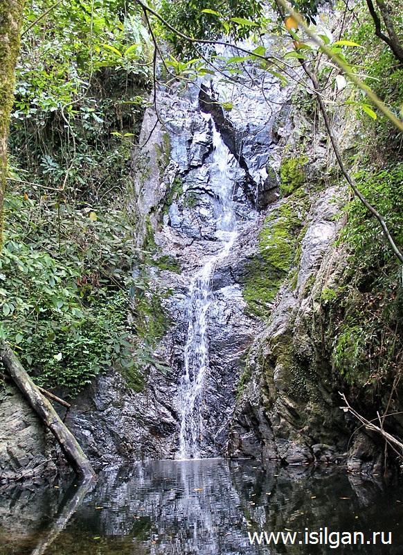 Sekretnyj-vodopad-Secret-waterfall-Kaj-Bej-Bae-Ostrov-Ko-Chang-Tailand