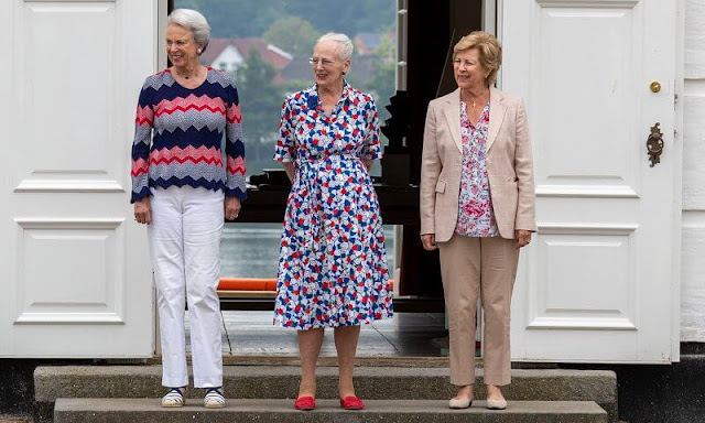 Queen Anne-Marie of Greece and Princess Benedikte of Denmark accompanied Queen Margrethe. Princess Benedikte wore a color-full sweater