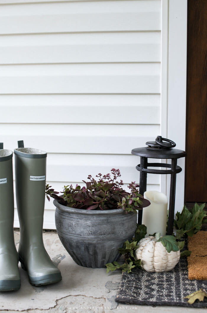 Learn simple ways that you can decorate your front porch for fall.