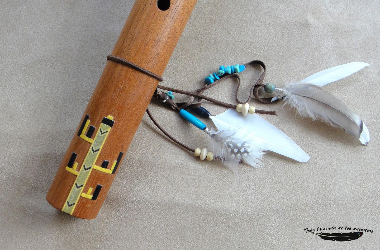 Flauta Decorada De Plata