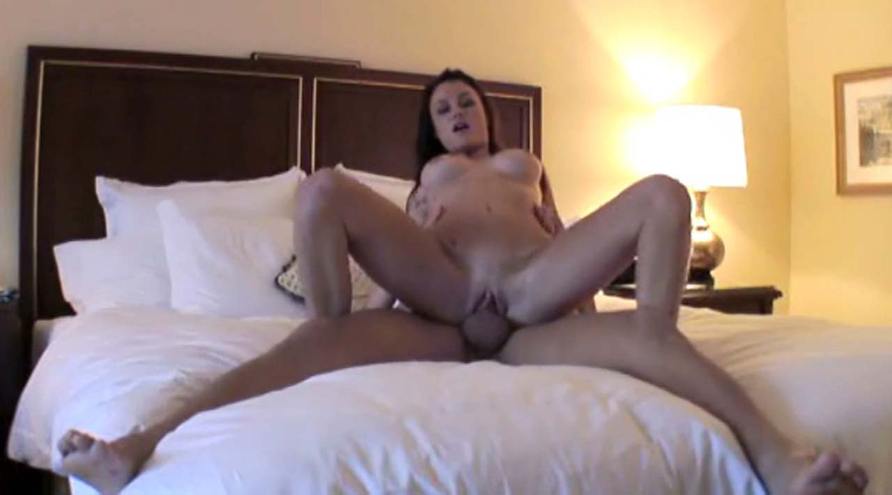 Catalina white nude