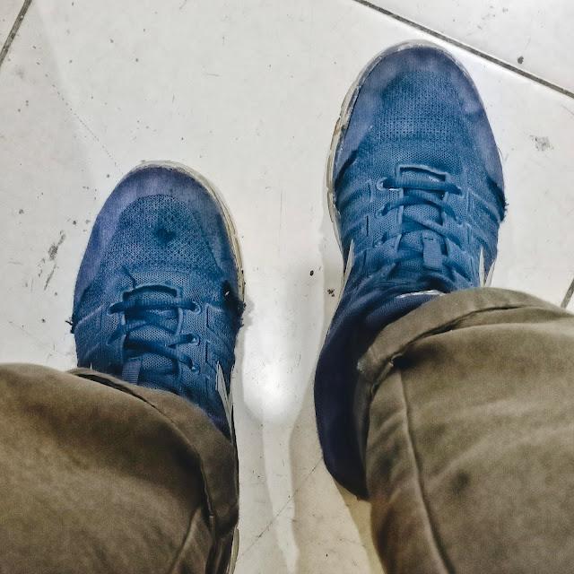 Sepatu Usang