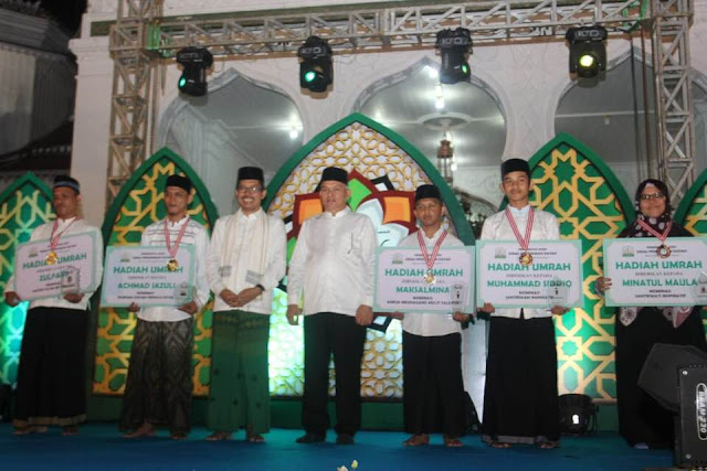 Santri dan Dewan Guru MUDI Raih Penghargaan Santri Award MQK Ke-I Aceh