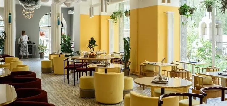 Hotel বনাম restaurant