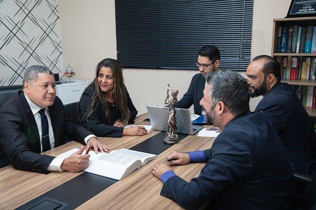 Assessoria jurídica e consultoria jurídica