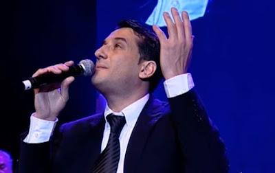 """Haim Israel interpreta la hermosa canción """"Bat Melech""""."""