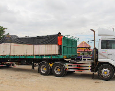 Buriram Delivery Lorry of 15cm Autoclaved Wall Blocks Lintels