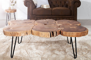 Designovi stolek z dílu akátového dreva.