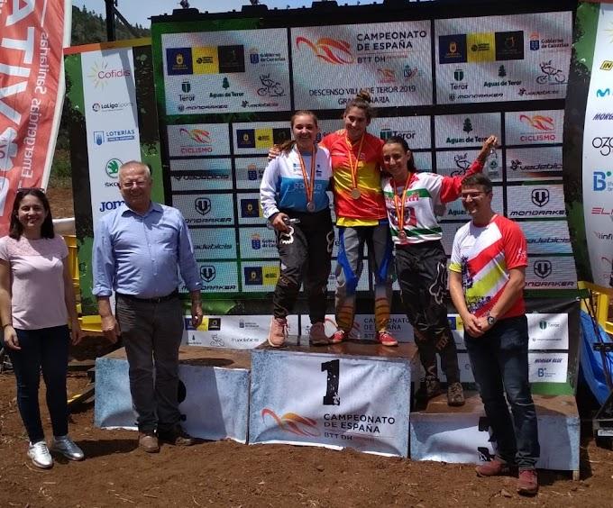 Manuel Pellón y Uxía Álvarez consiguieron un bronce y una plata para Galicia en el Campeonato de España DHI