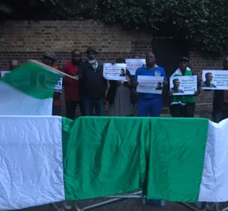 See Photos from the protest Done by Nigerians in front of Abuja House in London yesterday 3