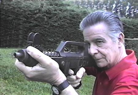 projetista de Armas de Fogo Brasileiro