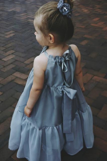 sukienka z woalu