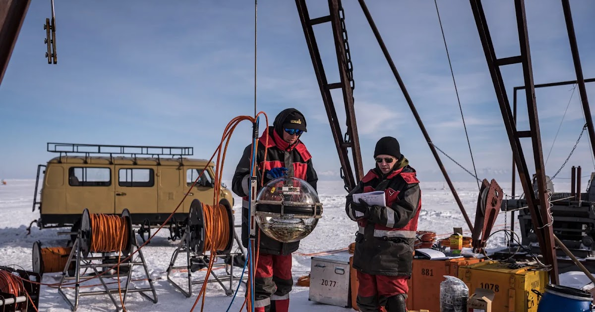 Polowanie na neutrina pod najgłębszym jeziorem świata