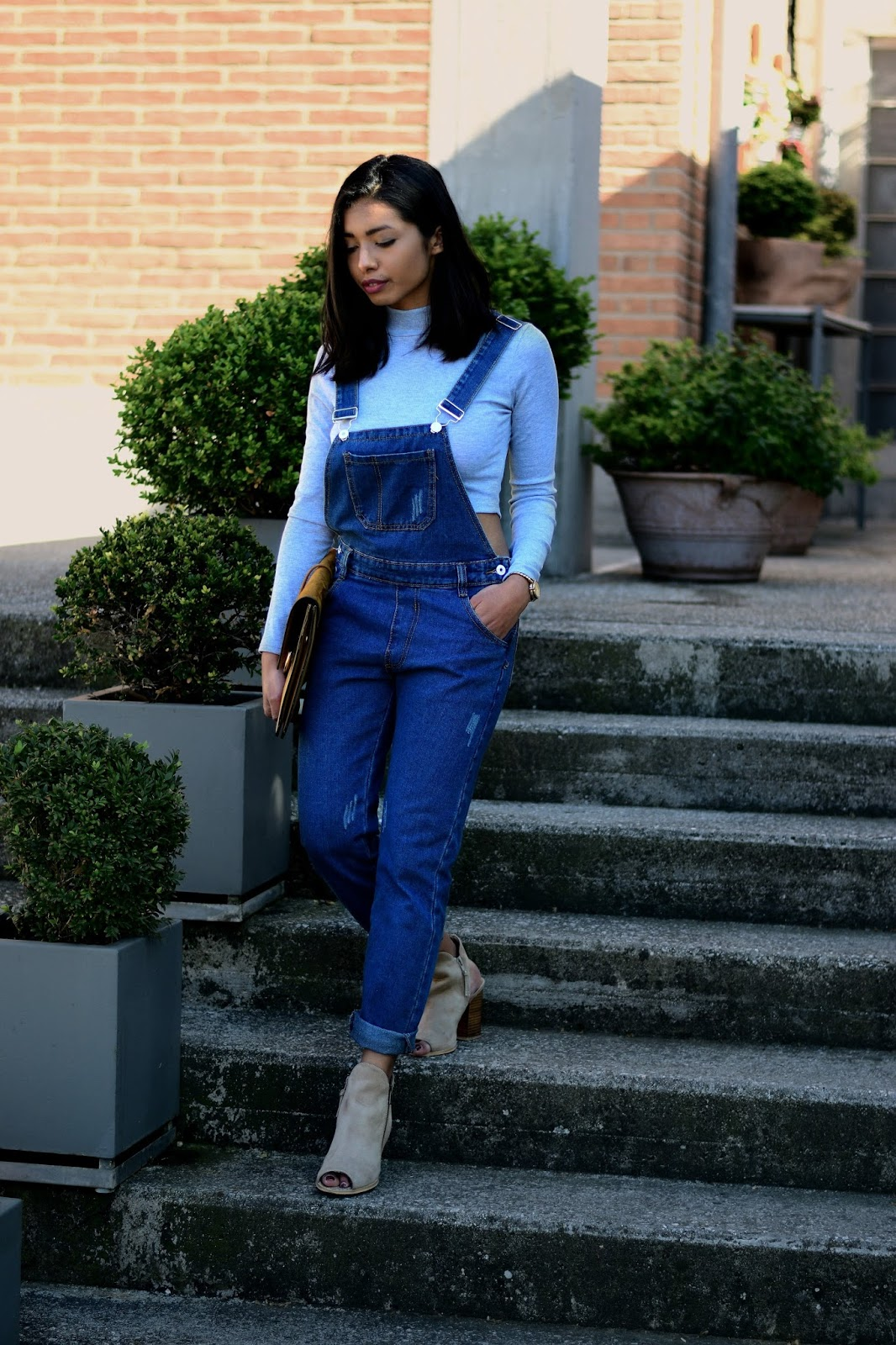 how to style Dungarees