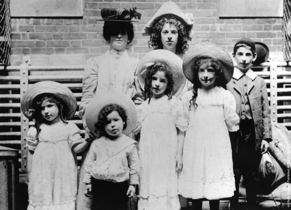 vintage photos of jewish russian immigrants jpg 1200x900