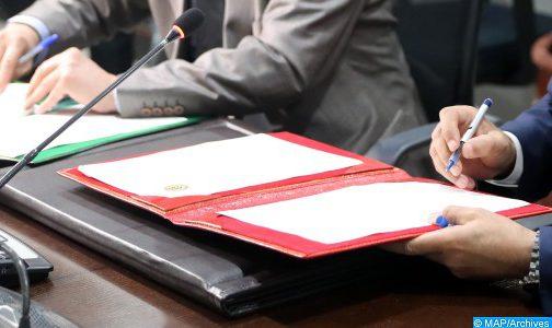 الرباط.. توقيع اتفاقية شراكة لتعزيز ثقافة حقوق الإنسان البيئية