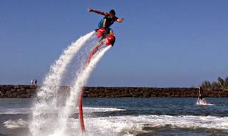 Flyboarding di Benoa