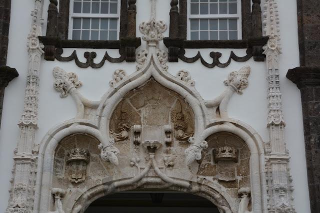 Largo de Matriz entrance