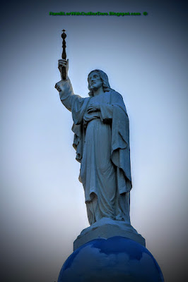 Statue of Christ, Cebu Metropolitan Cathedral, Cebu,Philippines