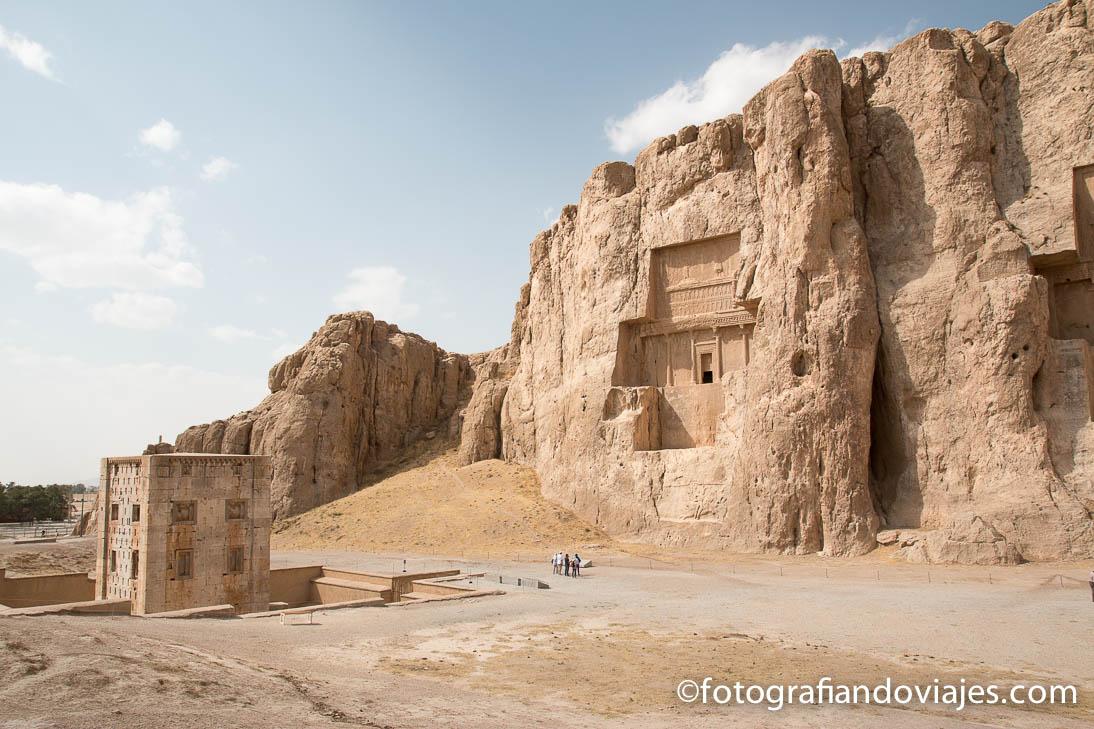 Tumbas de Naqsh-e Rostam, cerca de Shiraz en Iran