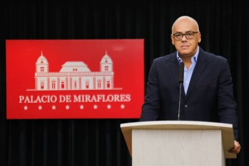 Venezuela presenta pruebas sobre robo de armas para operación golpista