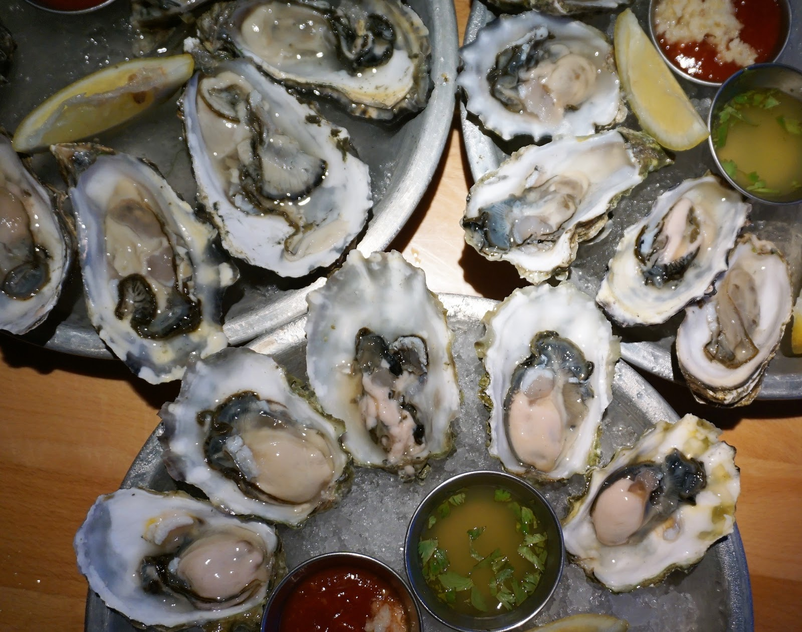 Oysters for Only $1 During Happy Hour @ The Big Catch Seafood - Huntington Beach