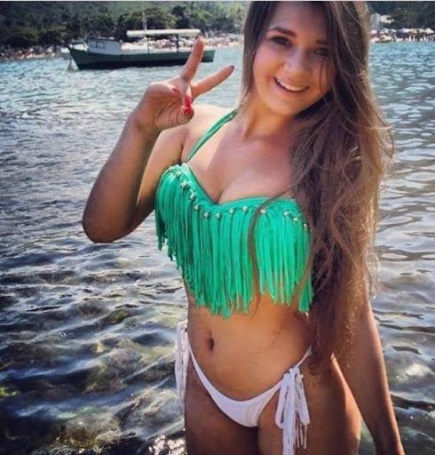 Chica dominicana de badoo masturbandose en webcam - 3 part 10