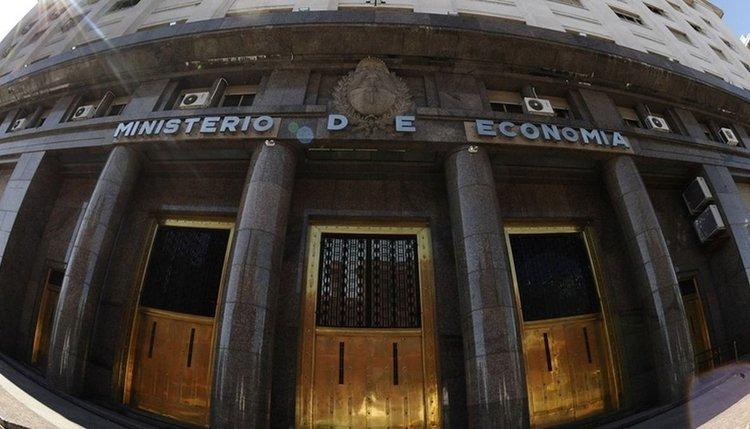 Cuentas al rojo vivo, Nación cerró junio con un déficit de casi $254.000 millones