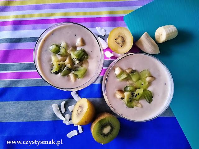 Koktajl z banana, kiwi i pomarańczy