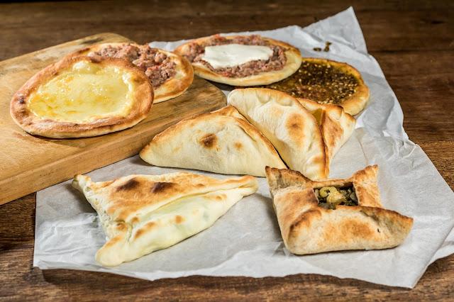esfiha do restaurante libanes saj campinas dom pedro
